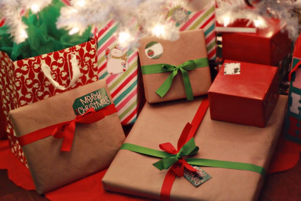 В чем преподносить подарки на новый год