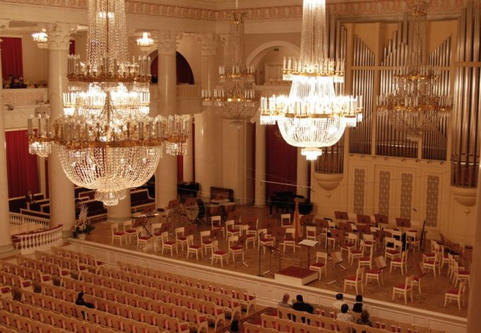 Saint Petersburg_Philharmonia_the_Grand_Hall-2500x1662