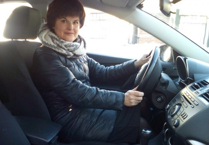 работа девушка в такси и